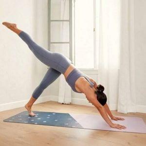 Anthropologie Blue Motif Travel Yoga Mat, Size: 68